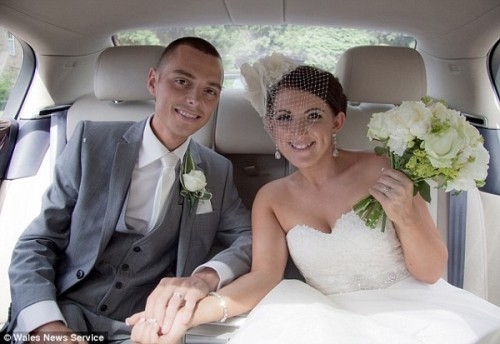 Chris and Ceri Wedding Picture in Car