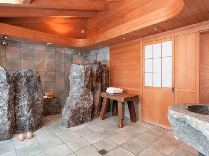Rock Your Reno With These 11 Bathroom Mirror Ideas: Some Of These Weird Bathrooms Are Totally UNBELIEVABLE