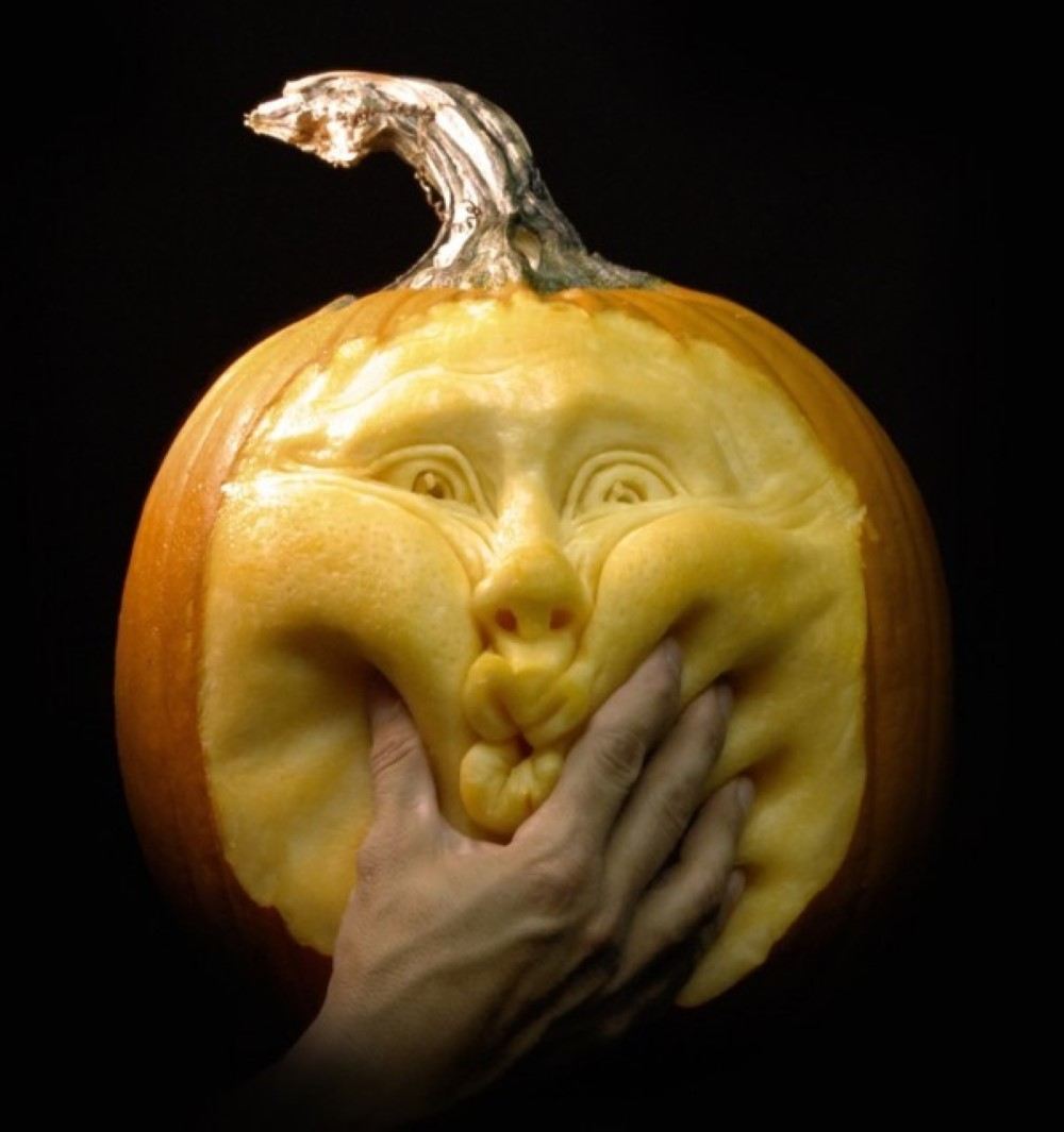 20 Halloween Pumpkins Youll Wish You Carved Boredombash