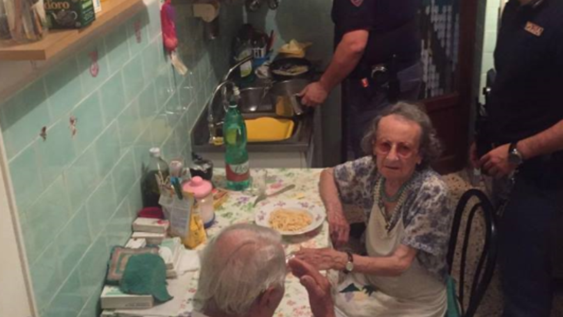 police cook for elderly 1