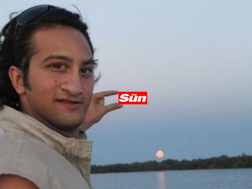 Photoshop The Sun between my fingers