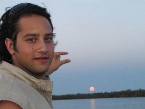 Photoshop The Sun between my fingers