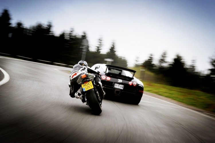 BMW Vs Bugatti