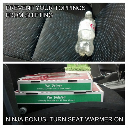 prevent-pizza-toppings-from-shifting-while-driving-life-hack