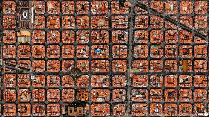 Barcelona Overview (Custom)