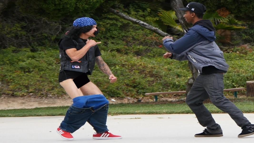 Crackhead Fighting In The Street