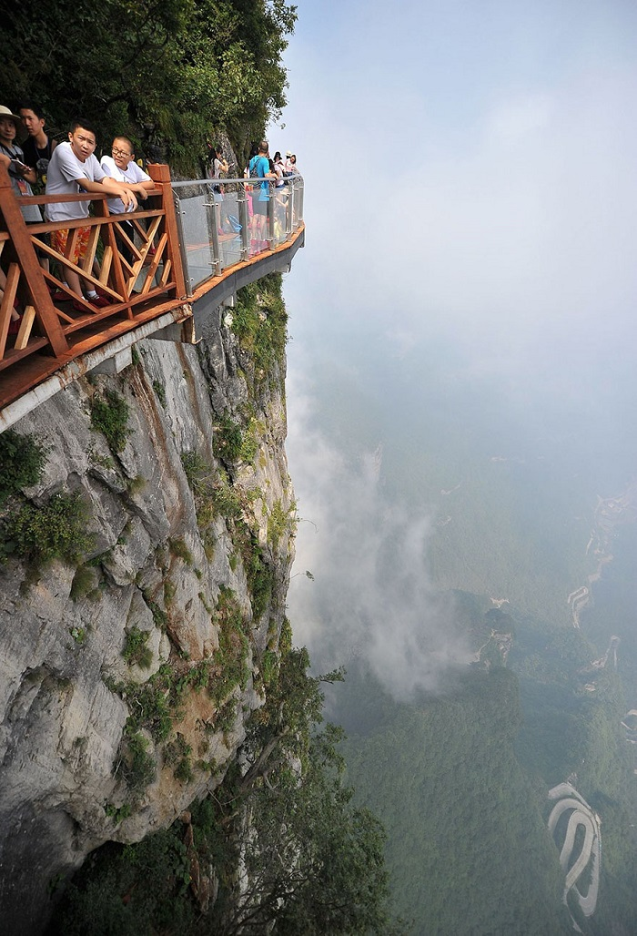glass walkway in china 4