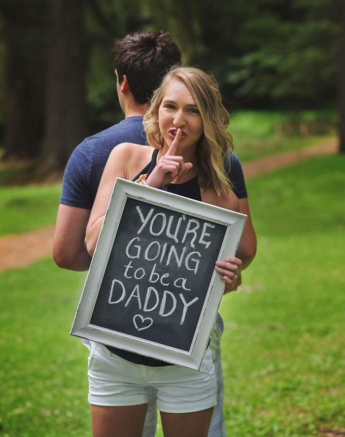 pregnancy announcement photoshoot 3